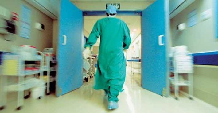 Από Έλληνες γιατρούς επανδρώνεται το σύστημα υγείας της Βρετανίας