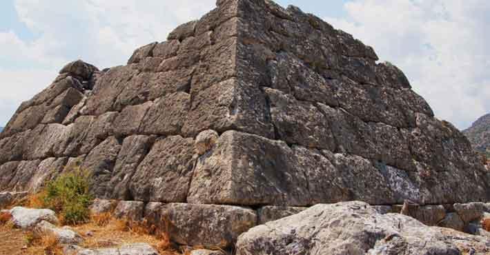 Αρχαιότερη των Αιγυπτιακών η πυραμίδα της Αργολίδας